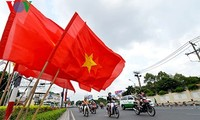International media praises Vietnam's 1975 victory