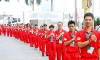 """Blood donation """"Red Journey"""" campaign held in Ly Son"""