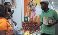 Vietnam attends int'l trade fair in Mozambique