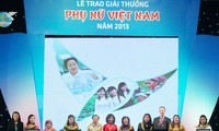Vietnam Women Awards granted to individuals and organizations