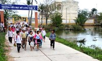 Khmer people contribute land to Tra Vinh's new rural development