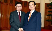 Vietnam, Laos strengthen bilateral ties
