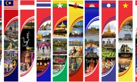 Photo exhibit on ASEAN's world cultural heritages in Hanoi