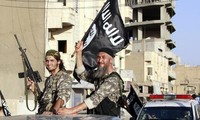 US urges legal reforms abroad to block Islamic State recruits