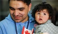 Canada receives 10,000 migrants