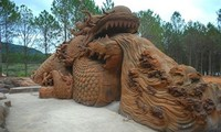 Clay sculptures - a new attraction in Da Lat
