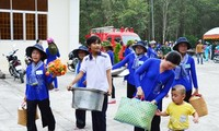 Localities support people to welcome Tet