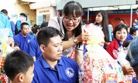 HCMC presents Tet gifts to disabled people