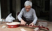 Dao Xa village craftsman helps preserve folk music
