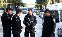 Tunisia razes IS-linked terrorist group
