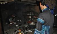 Ha Nhi's worship of the kitchen genie