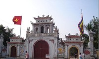 Tranh temple and the story of the Tranh River Genie