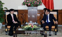 Deputy PM and Foreign Minister Pham Binh Minh received Thai and Filipino Ambassadors