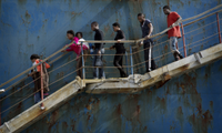 Obstacles to resolving migrant crisis