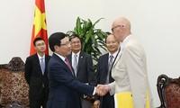 Deputy Prime Minister Pham Binh Minh receives Swedish Prime Minister's special envoy