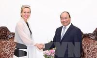Prime Minister Nguyen Xuan Phuc receives Swedish Ambassador to Vietnam
