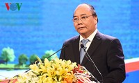 PM Nguyen Xuan Phuc urges Ha Nam to facilitate businesses