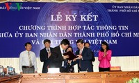 VOV, Ho Chi Minh City People's Committee sign communications cooperation