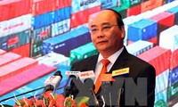 PM Nguyen Xuan Phuc attends conference on investment promotion in Hai Phong