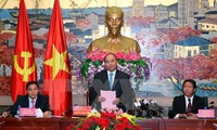 PM Nguyen Xuan Phuc works with Hai Phong authority
