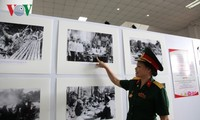 Photo collection Ho Chi Minh Trail in Laos granted to Lao military museum