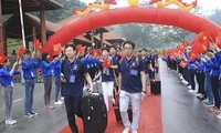 Youths of Vietnam-China bolster friendship