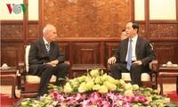 President Tran Dai Quang greets new Ambassadors