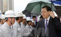 China's top legislator visits under-construction friendship palace