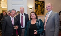 US Congress representatives commit strengthening relations with Vietnam