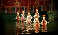 Vietnam's water puppetry performance in Czech