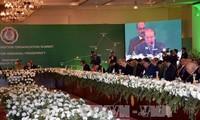 ECO summit suggests enhancing economic cooperation