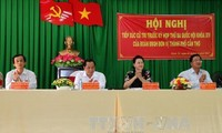 Top legislator talks to voters in Can Tho