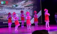 Moscow art performance raises fund for disadvantaged people