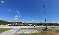 Flag salute ceremony and parade on Truong Sa archipelago