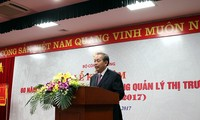 Deputy Prime Minister Truong Hoa Binh: more efforts to crack down on smuggling and counterfeit goods