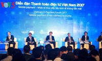Vietnam marks 20 years of internet