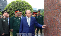 PM works with President Ho Chi Minh's Mausoleum Management Board