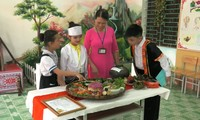 Muong culture in schools