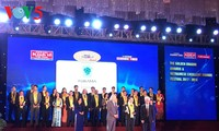62 business winners of the Golden Dragon Awards and 100 Vietnamese strong brands honored