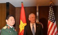Shangri-La 2018: Vietnam, US enhance defense industry cooperation