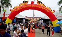 Thanh Ha litchi festival opens