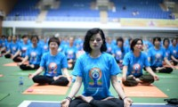 1,500 people perform Yoga in Hanoi