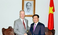 Vietnam y Estados Unidos siguen reforzamiento de relaciones bilaterales