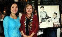Presentan libros y pinturas del presidente Ho Chi Minh en Canadá