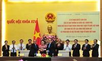 Vietnam consolida papel del Frente de la Patria en la supervisión y crítica popular