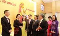 La presidenta del Parlamento vietnamita destaca la importancia de la diplomacia
