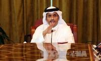 Francia urge a los países árabes a levantar sanciones contra Qatar
