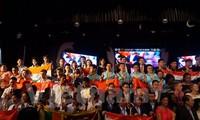 Jóvenes vietnamitas logran altos premios en la Competición Internacional de Matemáticas en la India
