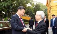 Máximo líder político de Vietnam recibe al líder chino, Xi Jinping