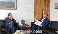 Vietnam y México afianzan cooperación económica y comercial